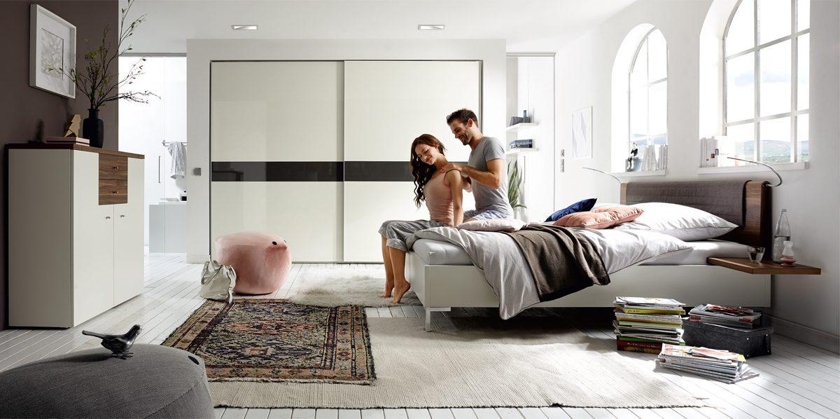[Best-Style-Bundle:] Schlafzimmer now! time, bestehend aus  Schiebetürenschrank + Bettanlage + Sideboard + 2x birdy