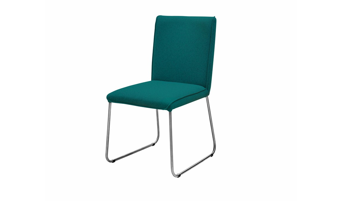 Der NOW! DINING Stuhl S21-1 hat ein hochwertiges Kufengestell aus gebürstetem Edelstahl.