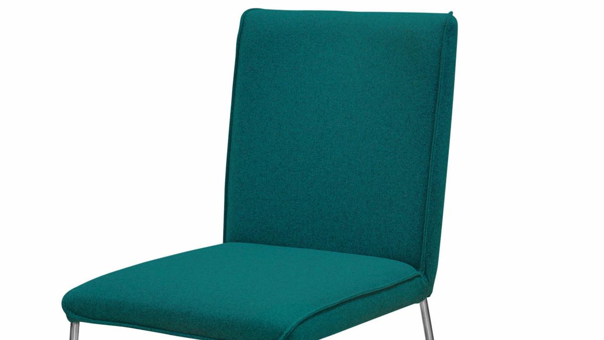 Die NOW! DINING Stühle S21-1 sind in der Ausführung Flachgewebe mit Softeffekt.